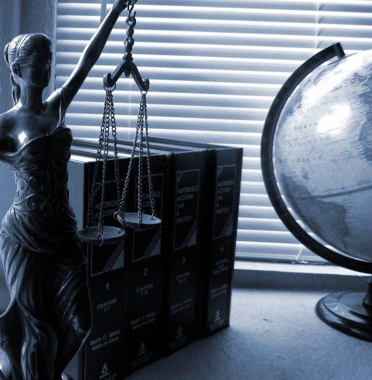 Professionell juridisk hjälp